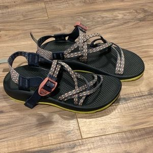 Women's Strappy Chaco Sandals Size 6